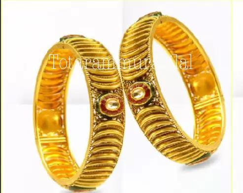 Gold bangle GB-B41