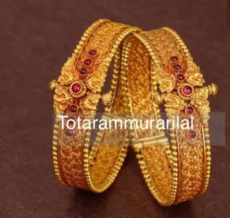 One pair gold bangle GB-B14